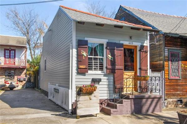 Jewel Box Cottage in NOLA For Sale 009