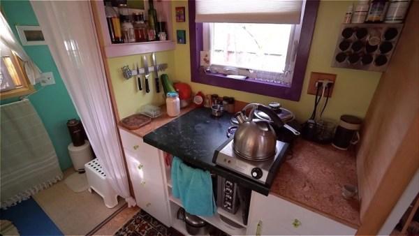 Karins DIY Tiny House in Portland 005
