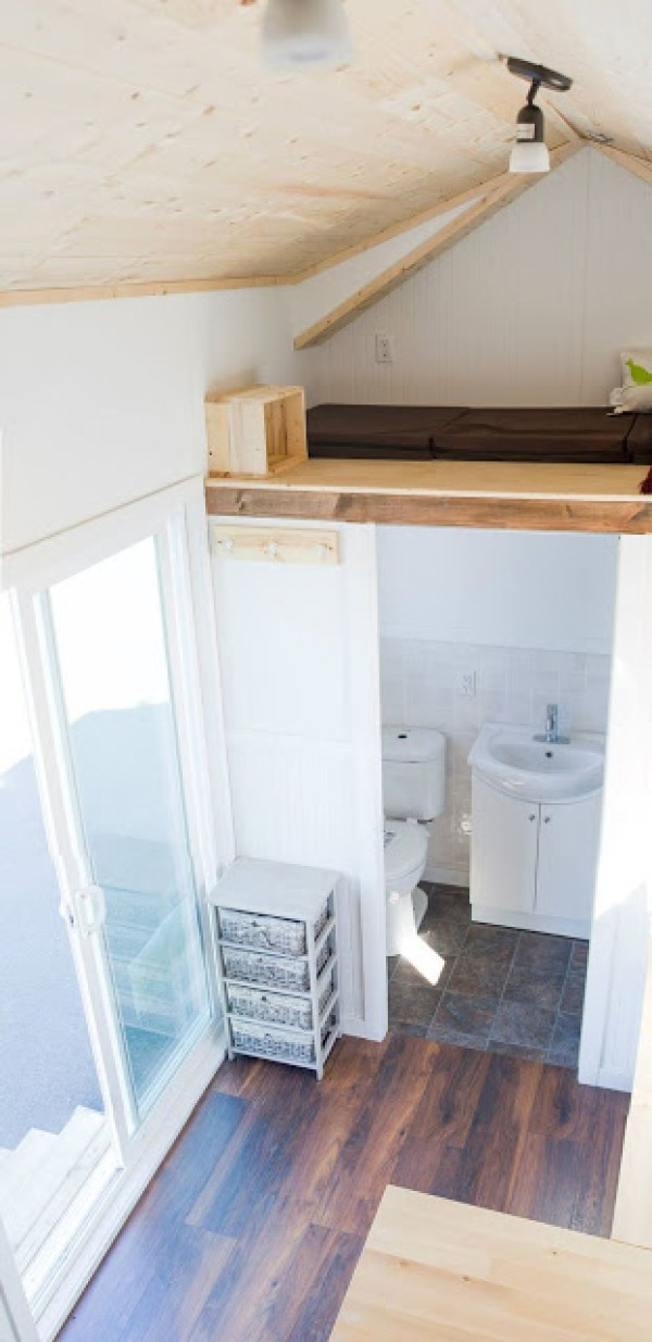 kingfisher-tiny-house-by-rewild-homes-010
