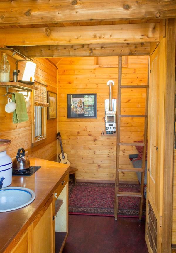 Dee Williams Kozy Kabin Tiny House