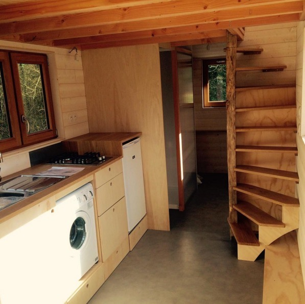 La Tiny House with Smart Staircase to Loft 002