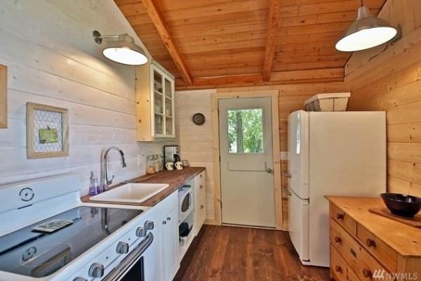 Langley Cabin 006