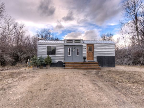 Lewis & Clark's Tiny House Vacation Rental 0015