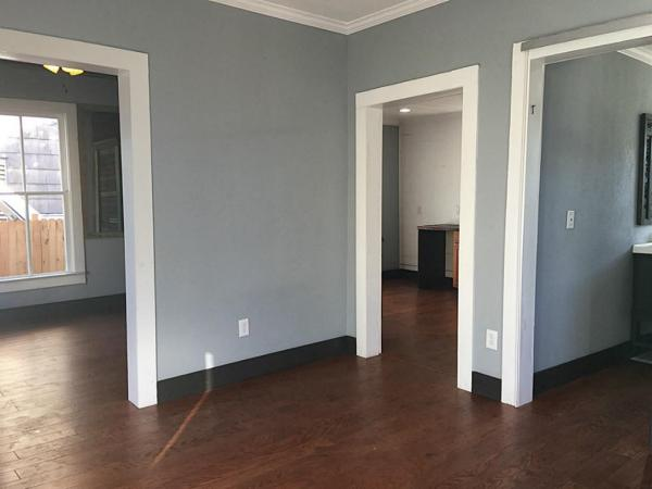 Little Bungalow in Texas For Sale