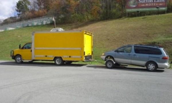 Living in my Box Truck by Bill Cogar II via TinyHouseTalk-com 0011