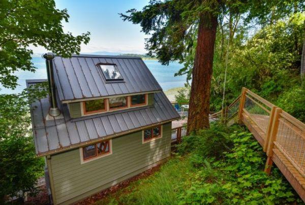 Lummi Island Cottage 0010