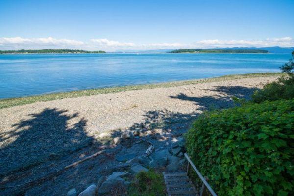 Lummi Island Cottage 0016