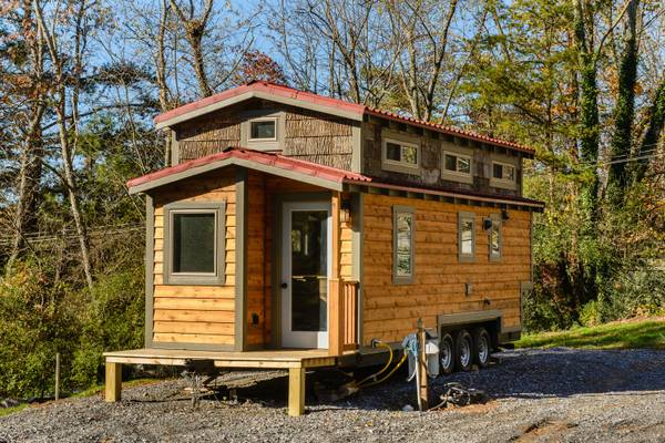 luxury-tiny-house-for-sale-in-asheville-001
