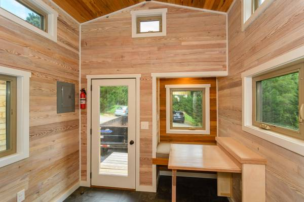 luxury-tiny-house-for-sale-in-asheville-013