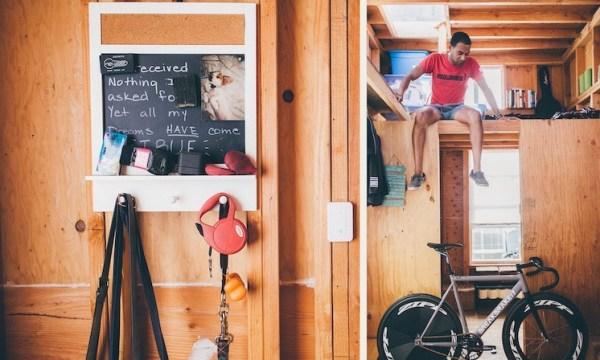 Man Building Cheap DIY 200 sq ft Tiny Home on Wheels 003