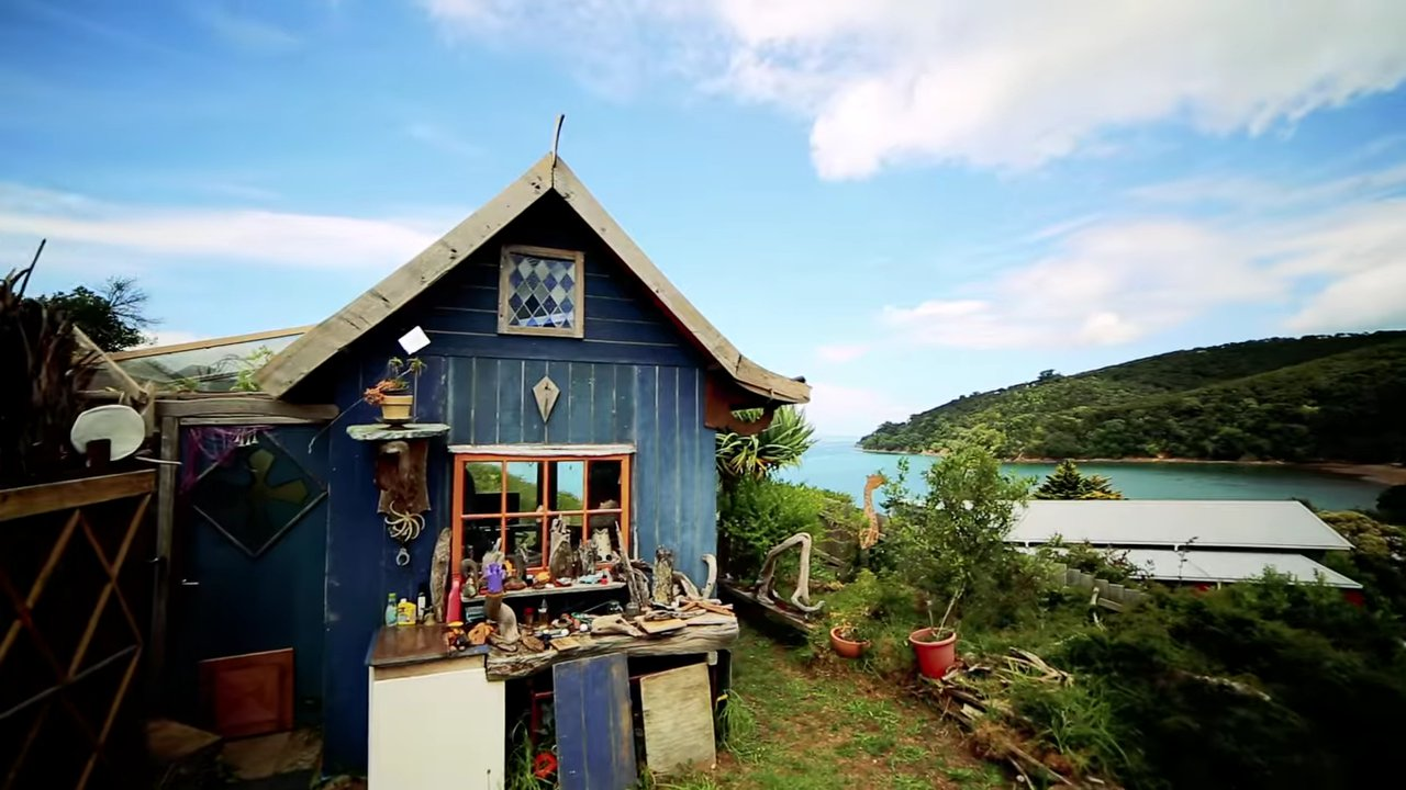 Hilltop Man Cave Tiny House Overlooks Ocean