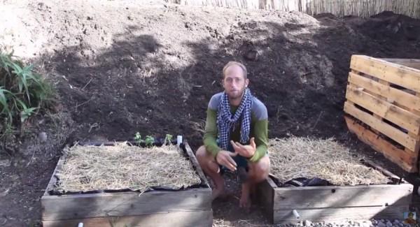 Man Simplifies into Off-Grid Micro Cabin Life in California 0024