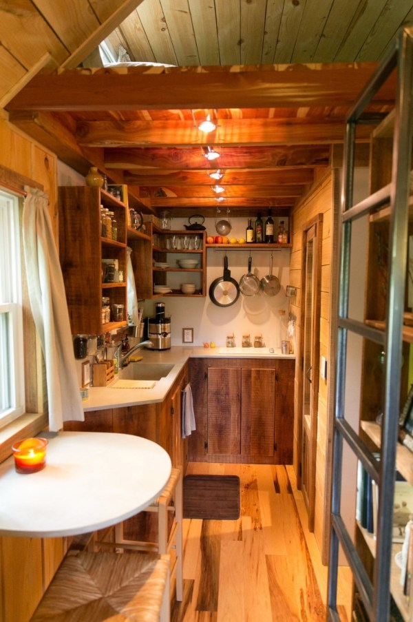 Married Couple 39 S Wind River Bungalow Tiny Home