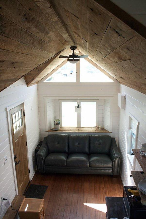 modern-farmhouse-by-liberation-tiny-homes-006