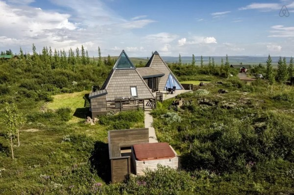 Modern Pyramid Cottage in Iceland 0026