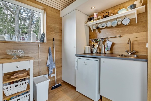 Modern Tiny Cabin For Sale 007