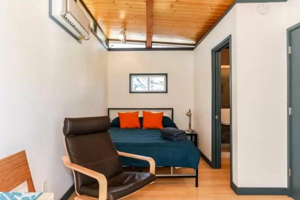 Modern Tiny House in Austin 002b