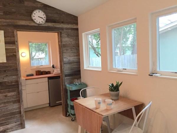 modern-tiny-house-in-austin-004