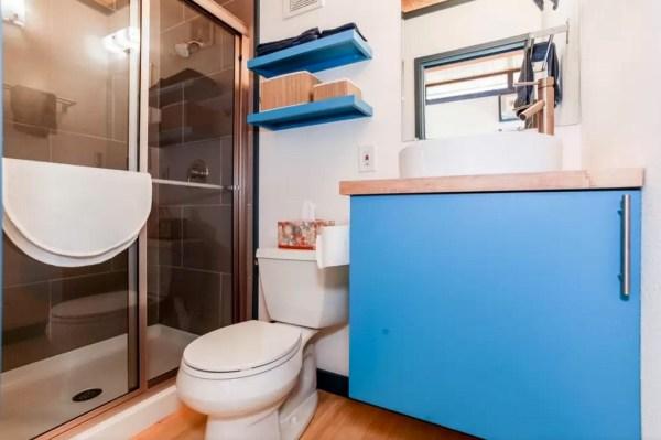 Modern Tiny House in Austin 006