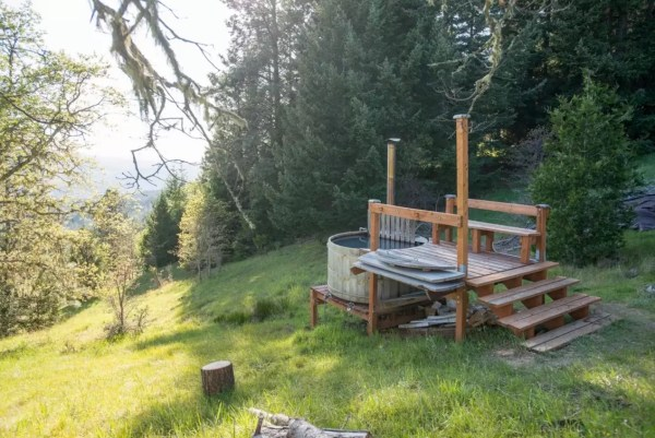 Off-Grid Lookout Tower Cabin in Tiller 0024