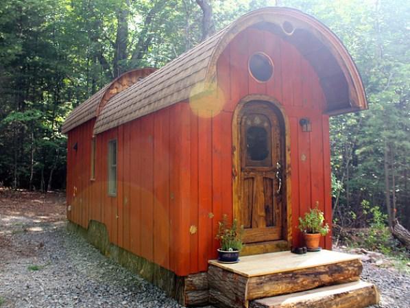 old-time-caravan-tiny-house-003