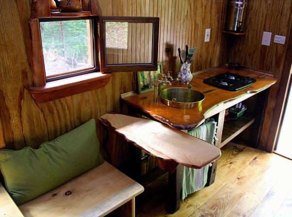 old-time-caravan-tiny-house-017