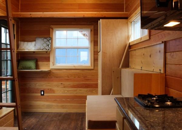 Oregon Trail by Tiny Smart House_011