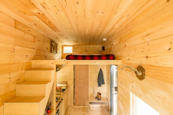 Tiny House on Wheels Vacation in Boston by Millenial Housing Lab and Getaway House 006