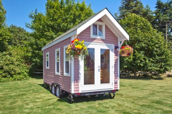Poco Pink Edition by Tiny Living Homes 001