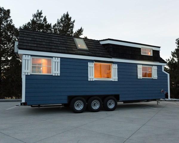 Porchlight Tiny House by Hideaway Tiny Homes_014