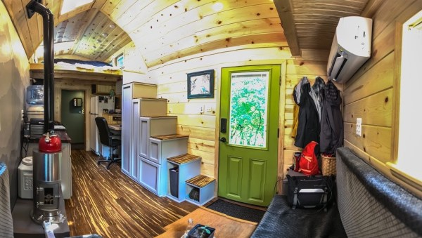 Portable Pioneer Tiny House Photo by Aaron Lingenfielter via TinyHouseTalk-com 0020