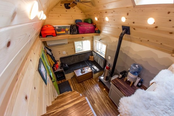 Portable Pioneer Tiny House Photo by Aaron Lingenfielter via TinyHouseTalk-com 0026