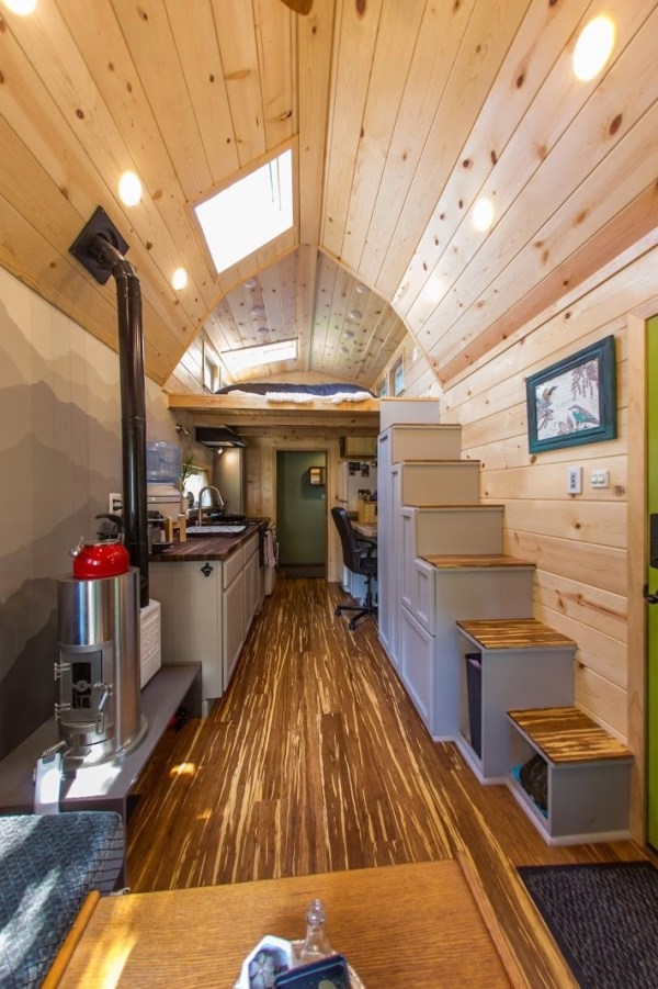 Portable Pioneer Tiny House Photo by Aaron Lingenfielter via TinyHouseTalk-com 007
