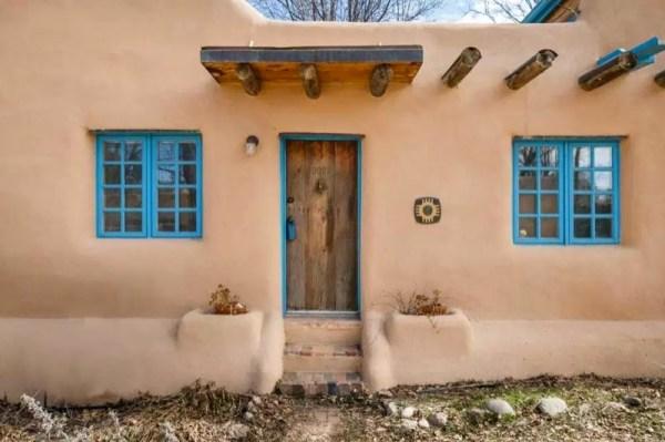 Pueblo-Style Solar Home For Sale in Santa Fe 0018