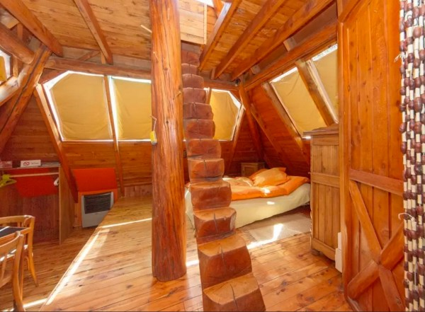 Pyramid Cabin 002