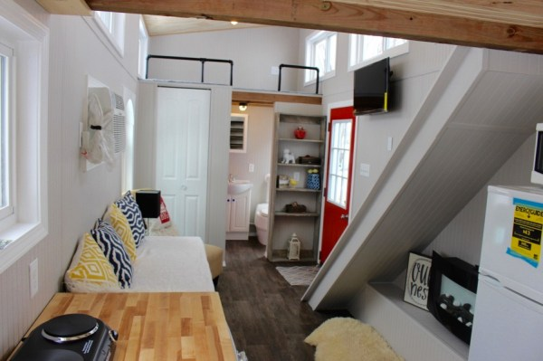 Relax Shack Red Tiny House on Wheels by Mini Mansions 0014