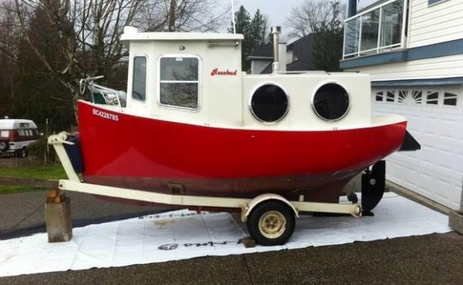 Rosebud Tiny House Boat