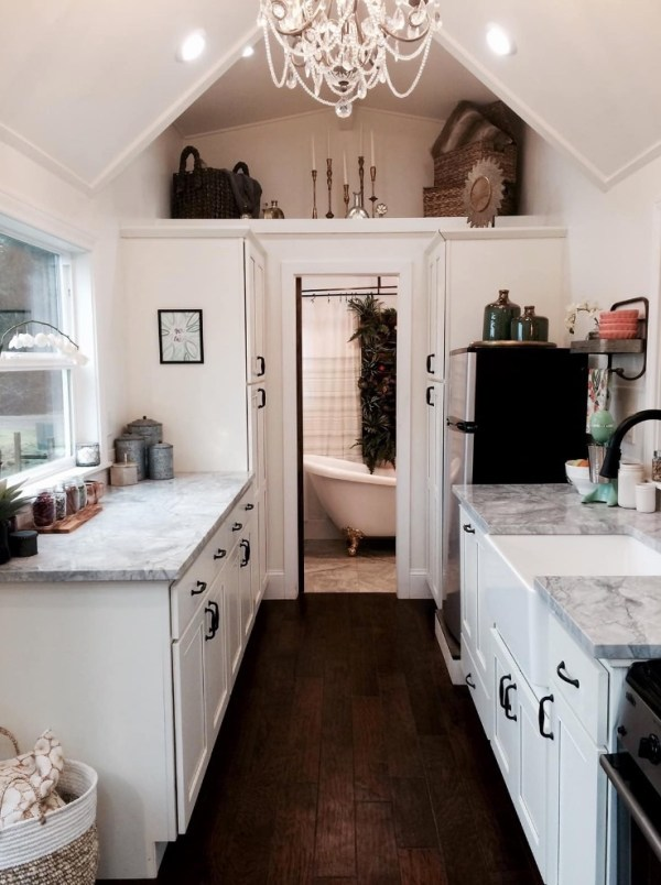 Rustic Chic Tiny House By Heirloom 005