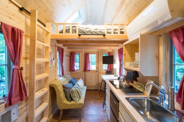 Scarlett Tiny House at Mt Hood Tiny House Village 003