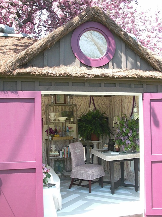 10x10 Shabby Chic She Shed