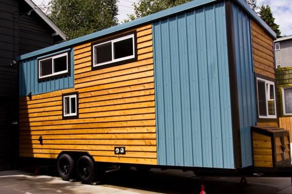 Shannons Custom Tiny Home on Wheels 0014