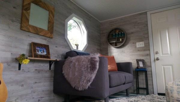 Skier's Tiny House 007