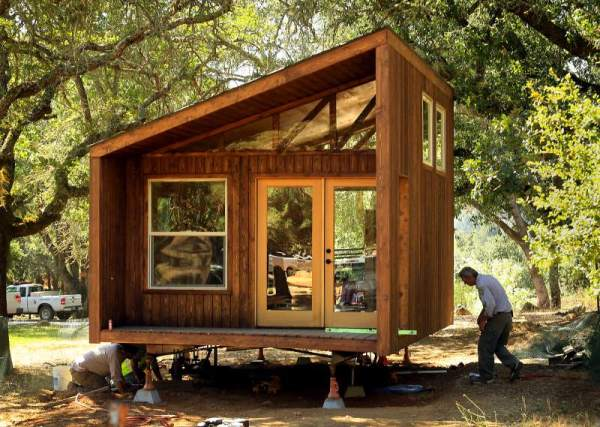 sleek-sonoma-cabin-john-burgess-the-press-democrat