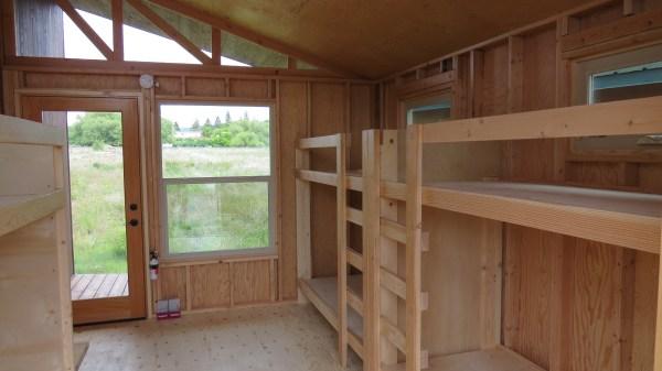 sleek-sonoma-cabin-by-richs-portable-cedar-cabins-4