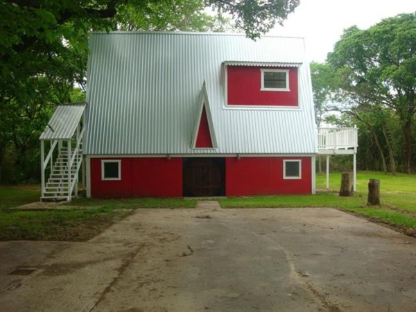 Small A-Frame House For Sale in Texas 0002