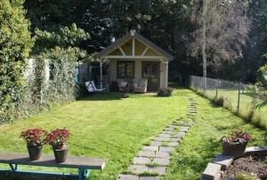 Small-Backyard-Cottage-004