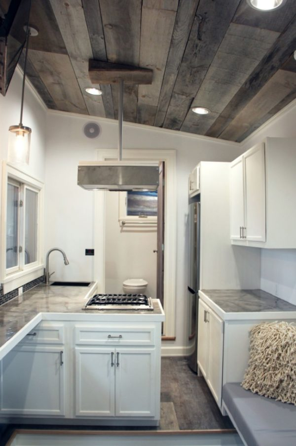 kitchen nook lighting aid 600 stony ledge 30ft tiny house on wheels with a downstairs ...