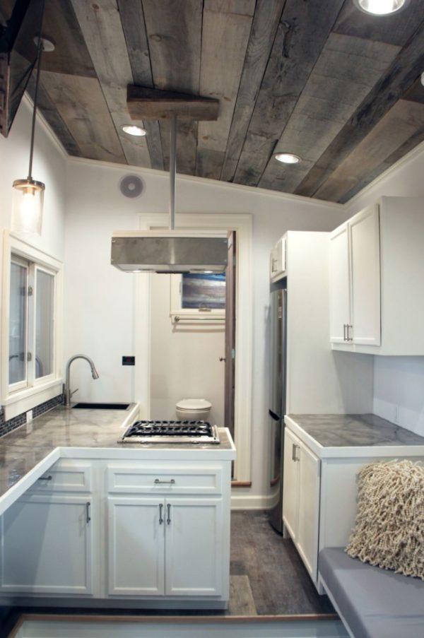 Stony Ledge 30ft Tiny House On Wheels With A Downstairs