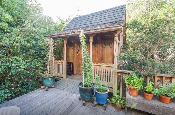 hippie studio