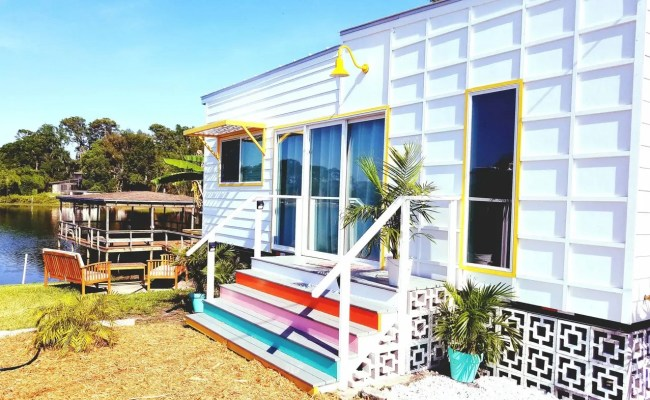The Bermuda Tiny House At Orlando Lakefront